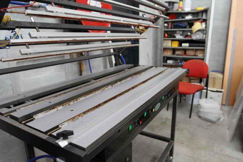 plastic sheet bending